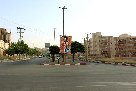 استند فک متحرک میدان قبا به طرف مسجد